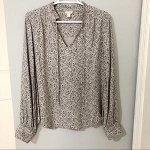 Gorgeous Hinge Blouse